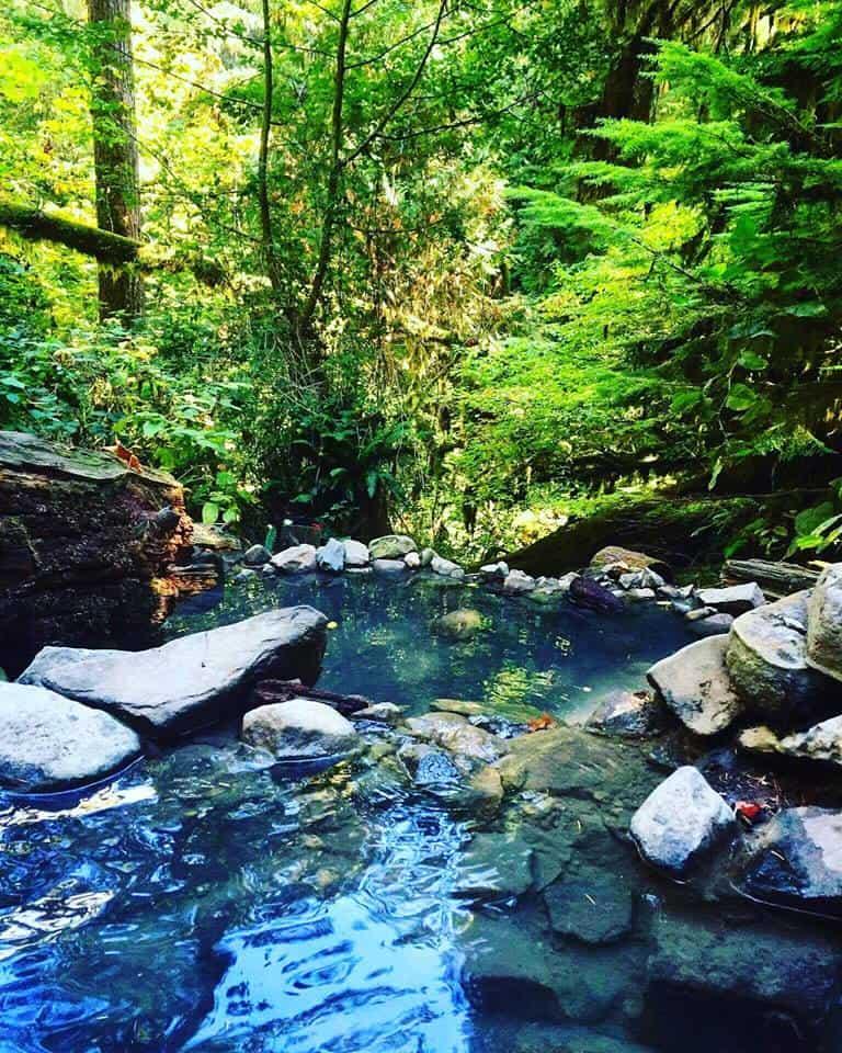naked girls in hot springs