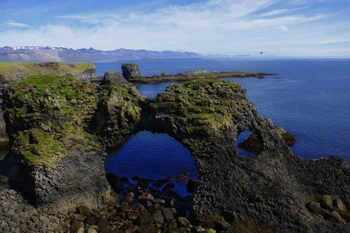 5 Best Easy Hikes In Iceland That Will Blow Your Mind