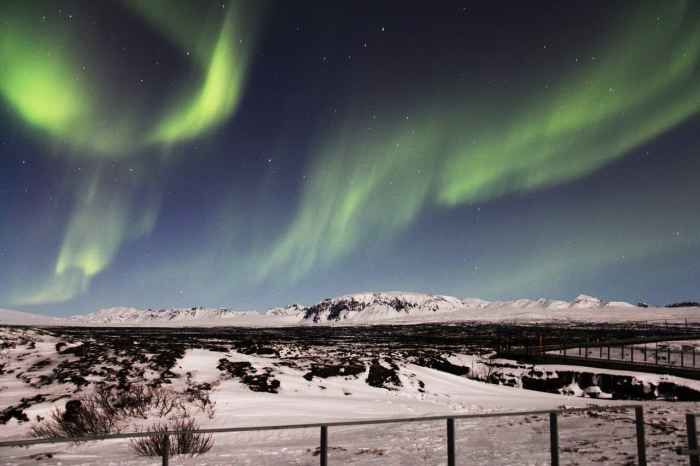 budget iceland travel tips go during winter