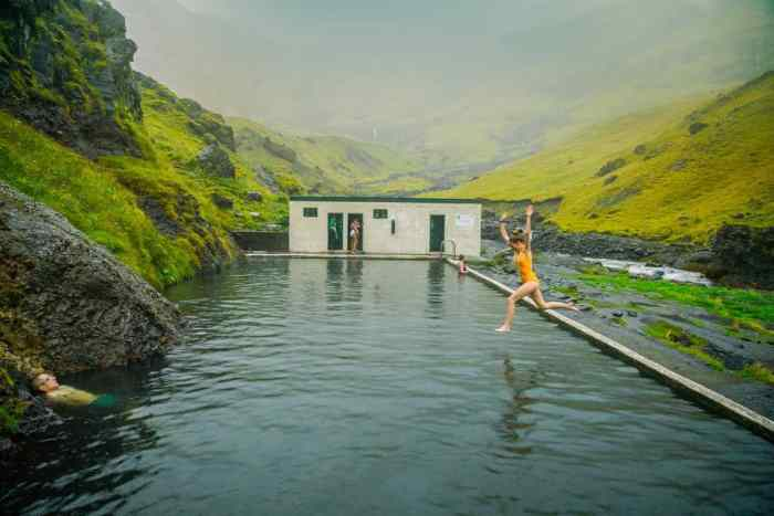 seljavallalaug hot springs is one of the best hot springs in Iceland to swim in