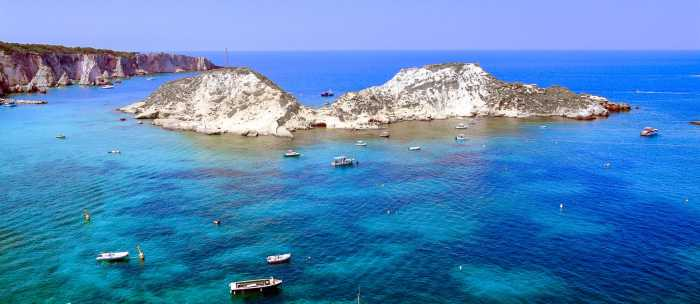 The Termiti Islands are the place where you can visit 3 islands in italy at one time