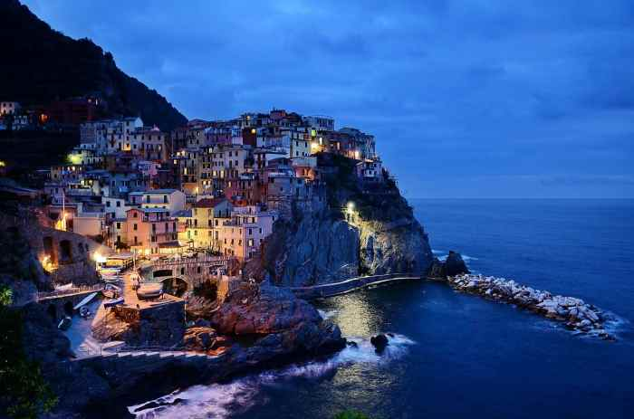 Spend your Italy Honeymoon in Cinque Terre for Romance