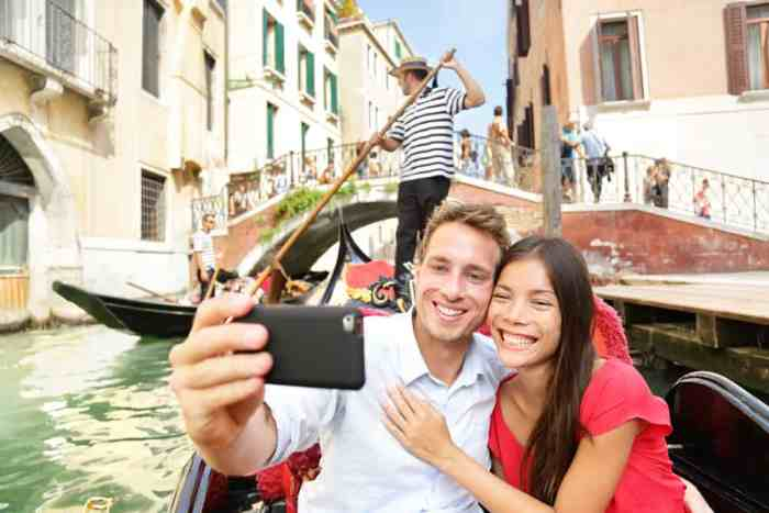 Don't spend tons of money on cell phone service when planning a trip to Italy