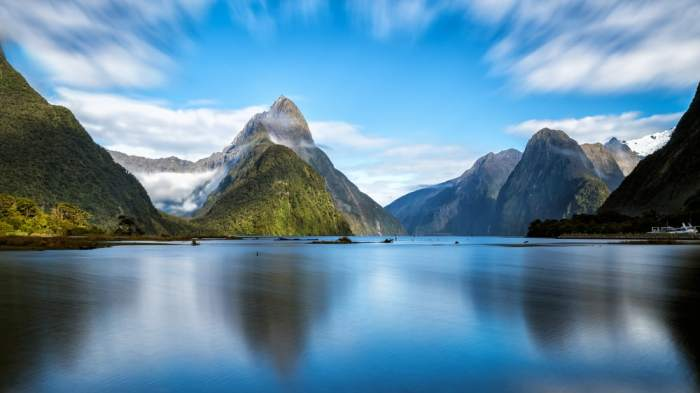 Milford Sound is a great stop on your New Zealand South Island Itinerary