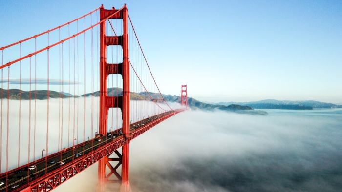 The golden gate bridge is a must see in San Francisco