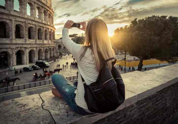 taking photos with phone in Rome Italy