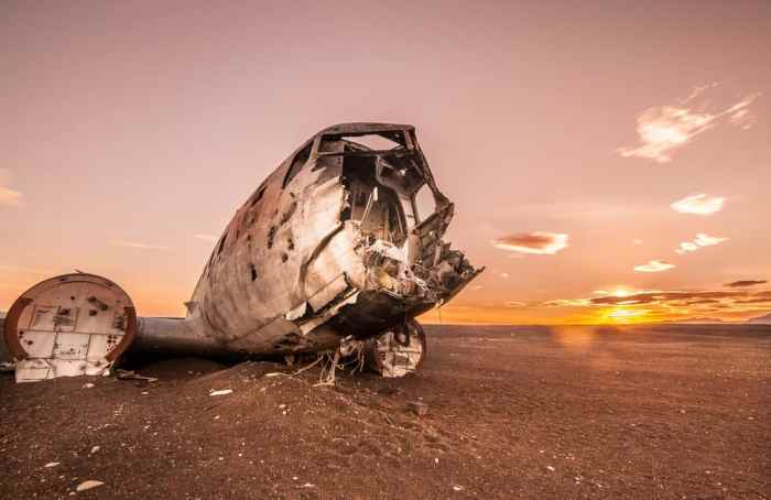 sunset at the Iceland plane crash