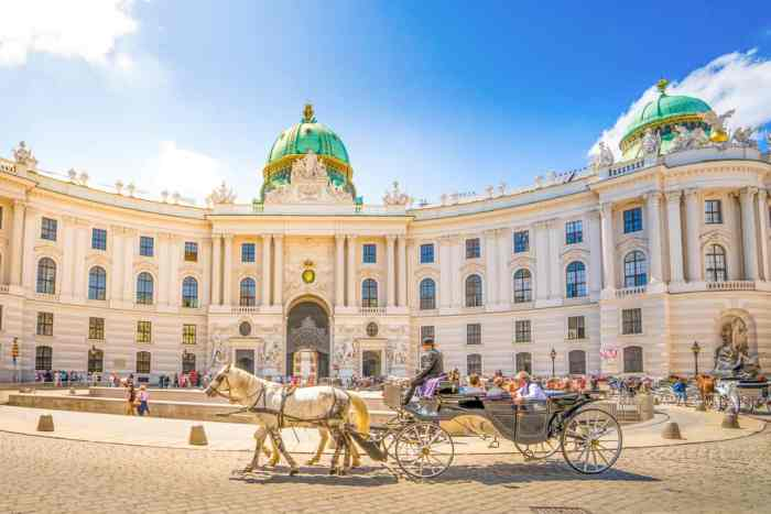 Find out where to stay in Vienna near Hofburg Palace