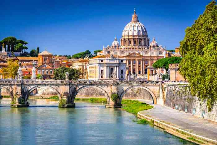 Prati is the best area to stay in Rome if you want to be near the Vatican City