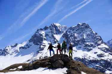 sullo sfondo il Pic de Chamoissiere 3207m