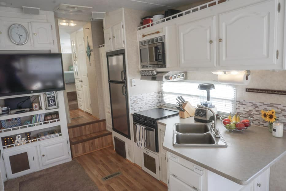 how much does a remodeled kitchen cost brandsmart appliance packages 6 quick & easy remodel projects that transformed our rv ...