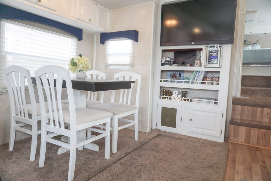 howard chairs for sale bauhaus chair and ottoman 6 quick & easy remodel projects that transformed our rv into a home! - follow your detour