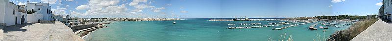 Otranto_panorama_port