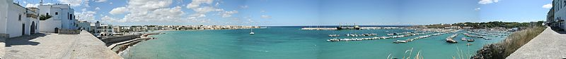 Otranto_panorama_port