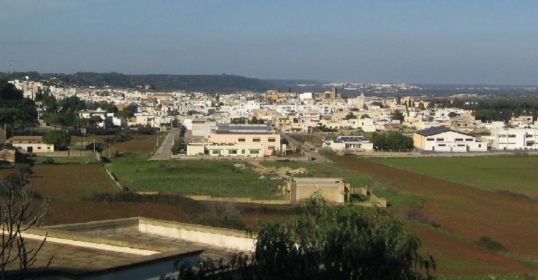 immagine tratta e adattata da http://it.wikipedia.org/wiki/File:Alessano_Panorama.jpg