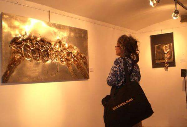 Immagini dalla mostra personale a Londra