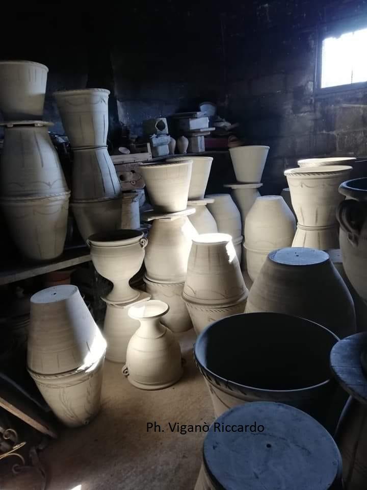 """La ceramica di S. Pietro """"degli Imbrici"""" (in Lama) prima della Manifattura Paladini."""