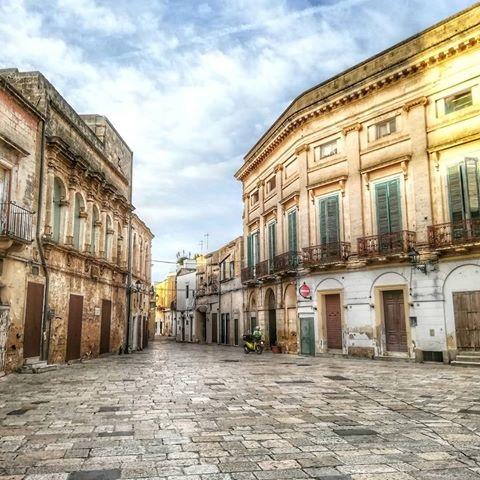Urbanistica in terra d'Otranto. Il caso di Francavilla, tra XIV e XV secolo