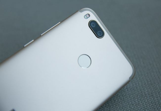Xiaomi Mi A1 Back closer image