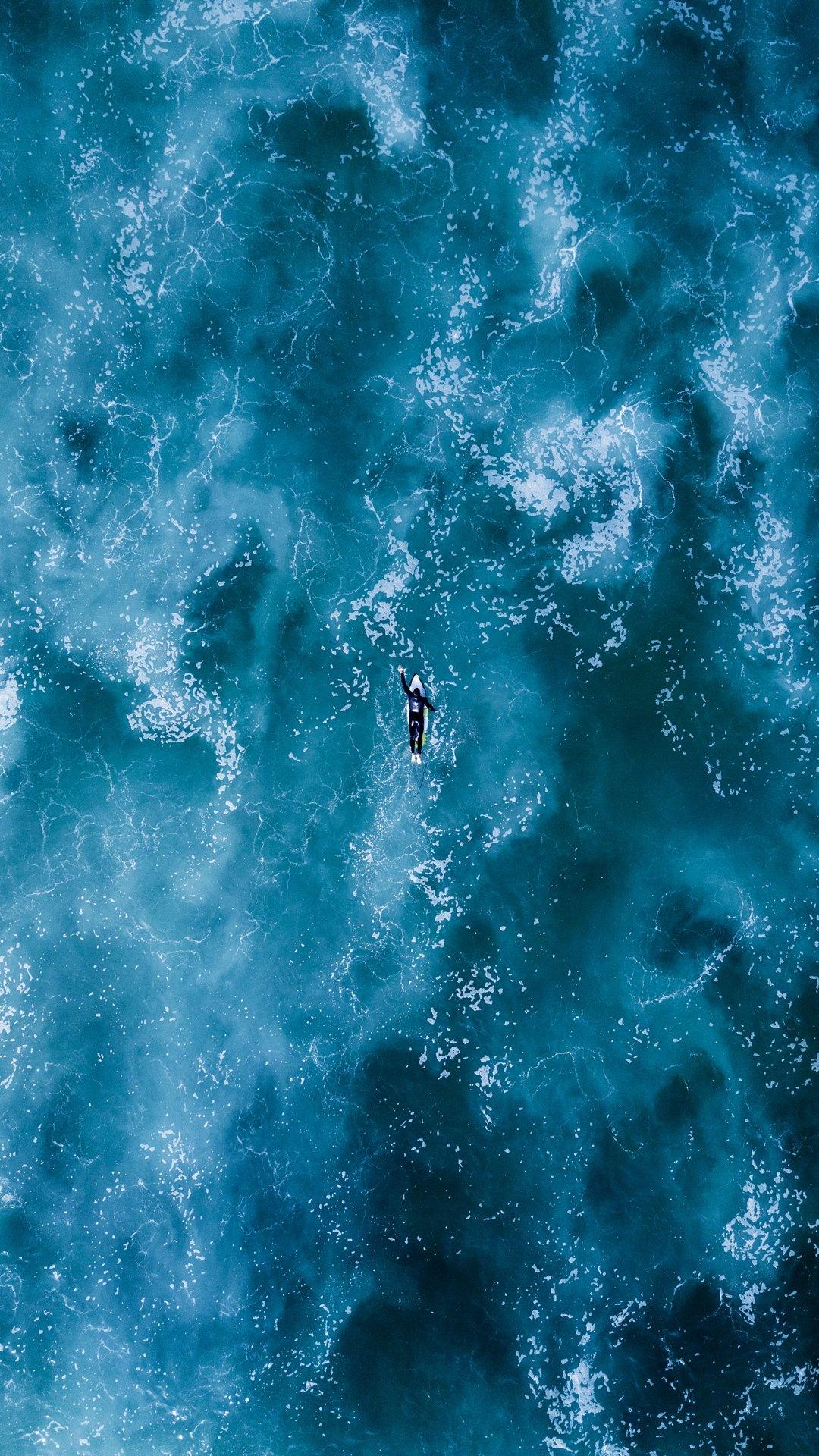 Iphone Lock Screen Wallpaper Slideshow Surfing Ocean Waves Wallpaper 1080x1920