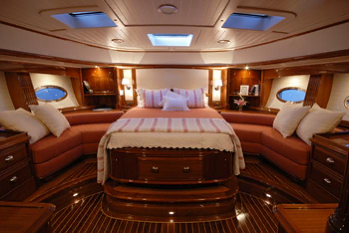 Friendship 75 Fontaine Design Group  Luxury Yacht Design