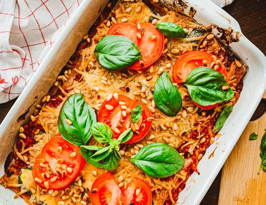 Vegane Lasagne mit Zucchini und roten Linsen