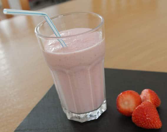 Milkshake aardbei | foodhaolic.nl
