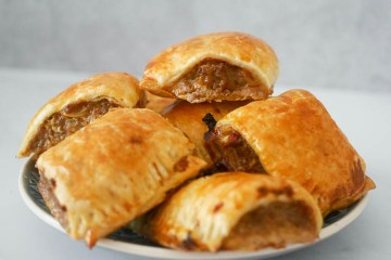 Mini saucijzenbroodjes uit de airfryer | Foodaholic.nl