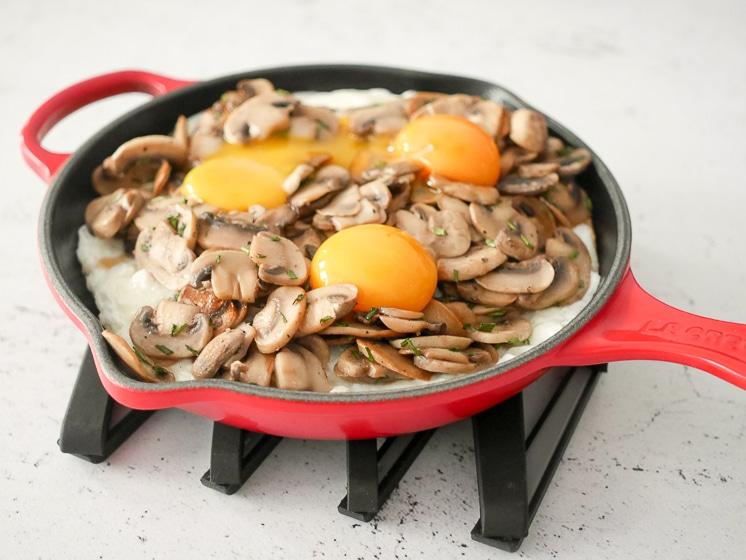 Spiegelei 'new style' uit Nog eenvoudiger met 4 ingrediënten   Foodaholic.nl