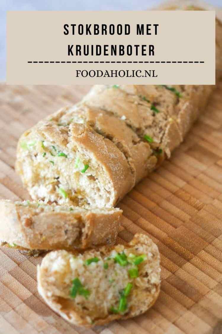 Stokbrood met kruidenboter | Foodaholic.nl
