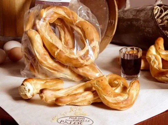 ficculi biscotti tradizionali forno sorelle palese basilicata lucania