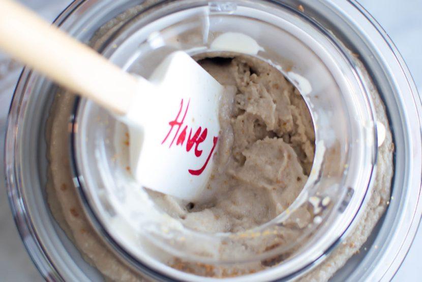 coffee-cinnamon ice cream