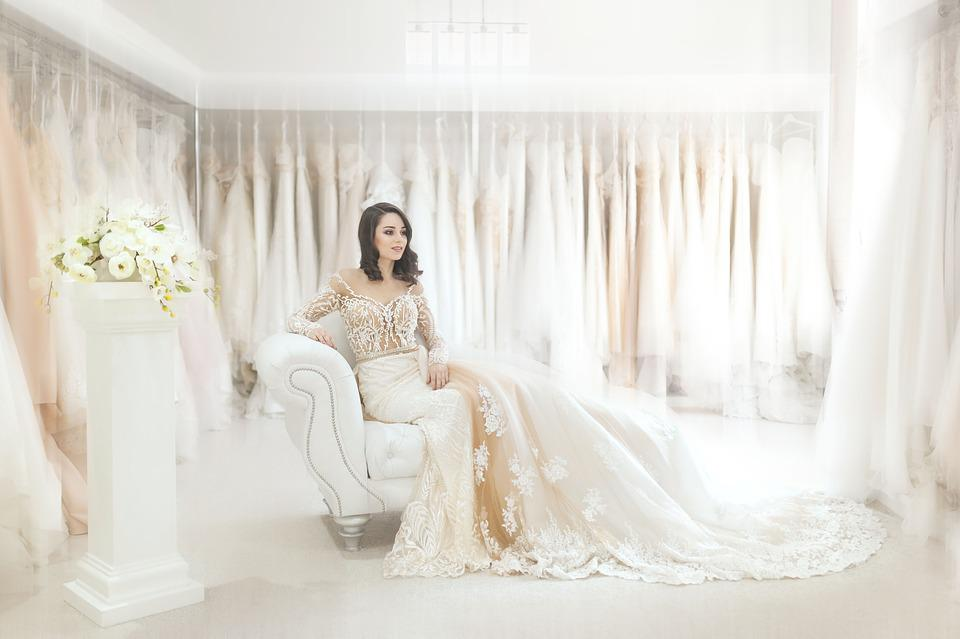 How to Look Fit Before Wedding