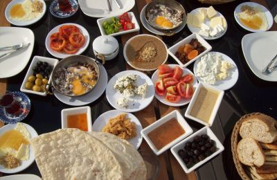 15 Types of Breakfast from around the World