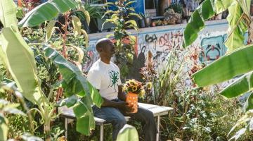 Thousands rally to save Ron Finley's urban farm in South Central LA from foreclosure
