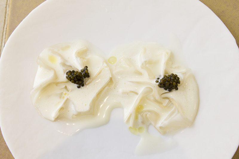 Eel with Ossietra caviar Disfrutar