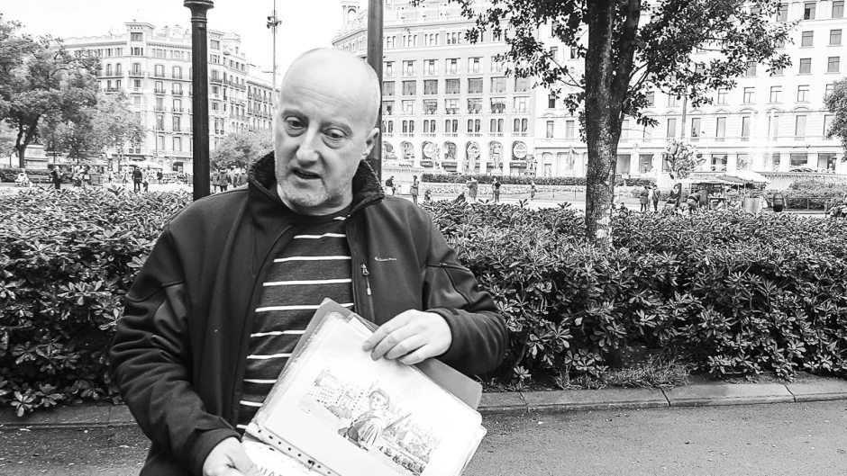 Nick Lloyd Spanish Civil War Tour in Barcelona Pl. Catalunya 2