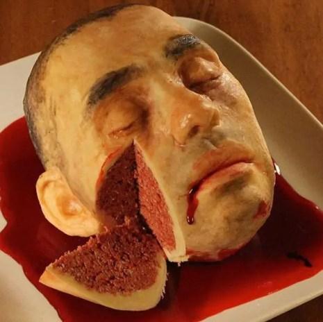foto-di-torta-che-rappresenta-una-testa-squarciata