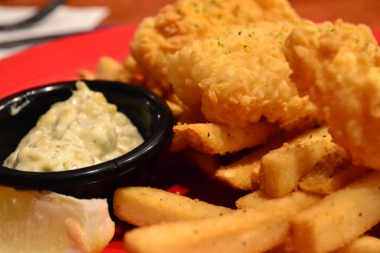 T.G.I. Fridays - Fish and Chips with Tartar Sauce - 3