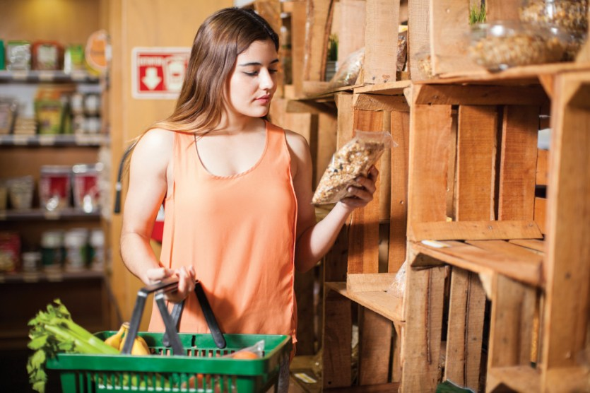 Shopping for clean label foods