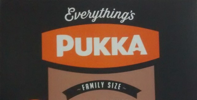Large Pukka Pie Chicken Gravy