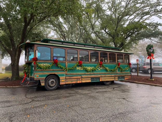 Edenton Christmas Parade 2021 Best Things To Do In Edenton At Christmas Food Diary Of A City Girl