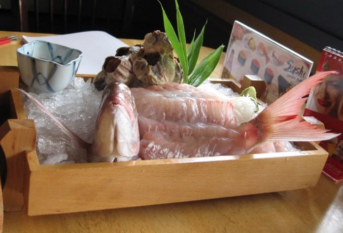 Live Sushi: Ikizukuri