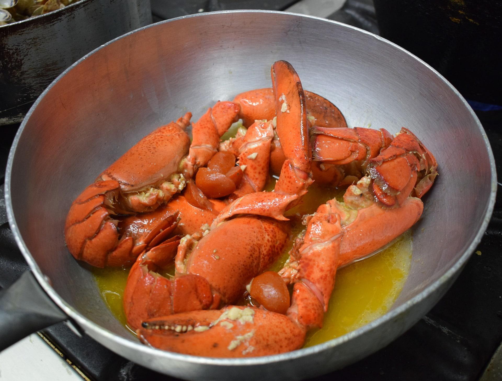 How To Make Fancy Lobster Pot Pie ...