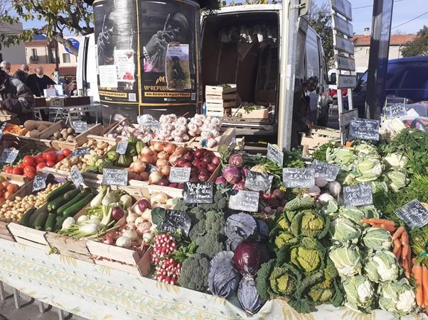 Fresh, Seasonal and Local