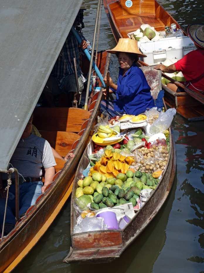 damnoen saduak floating market 546269 1920