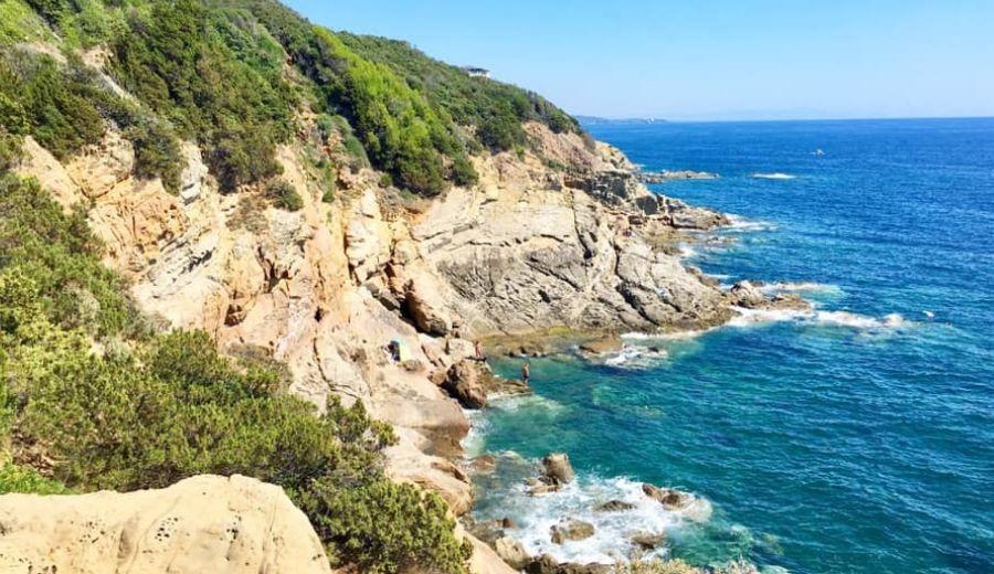 Scorcio di Punta pacchiano e calafuria due destinazioni da non perdere se si è in toscana, nei pressi di Livorno