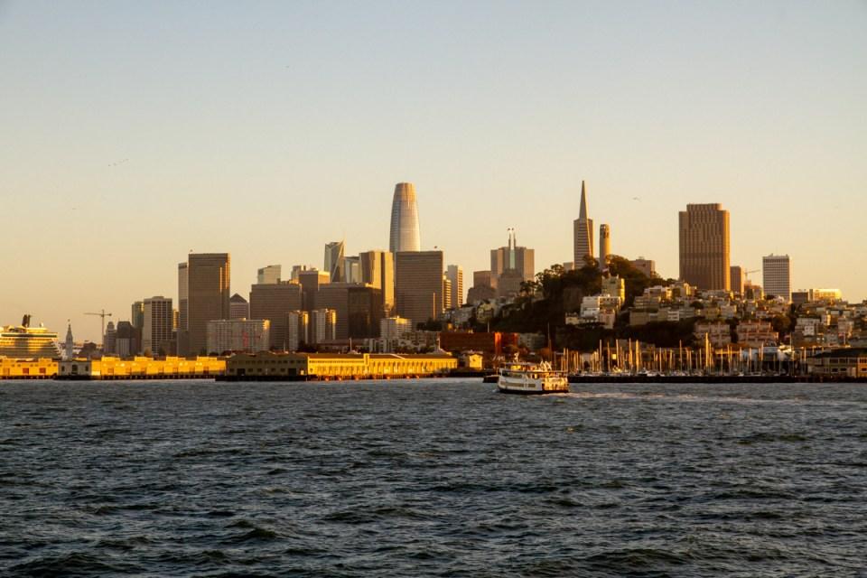 skyline di San Francisco al tramonto