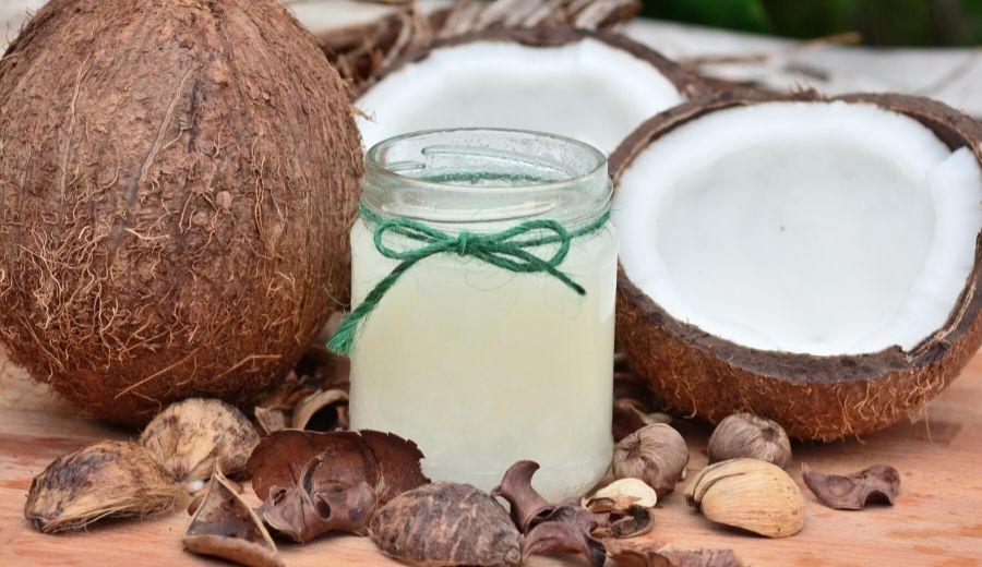Superfood: come usare l'olio di cocco in cucina e non solo