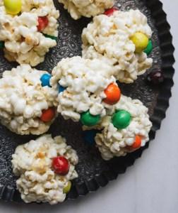 M&M Popcorn Balls-foodflag